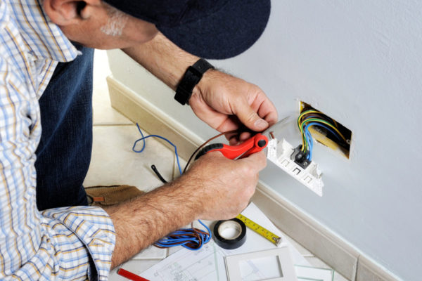 Electrician Gold Coast Costs